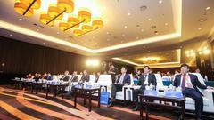 民企再出发 2018中国民营企业高峰论坛在京举行