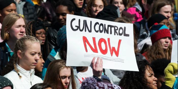美国145家公司CEO联合敦促参议院通过枪支管控法律