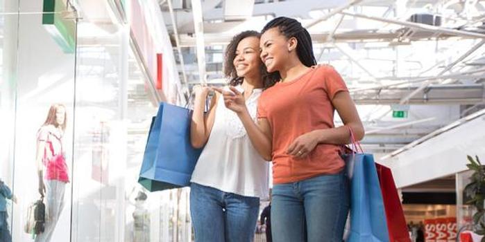 調查:Z世代購物習慣或推動實體店復興
