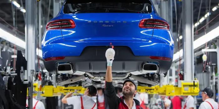 保时捷加速抢占电动汽车市场份额 将生产电动版Macan