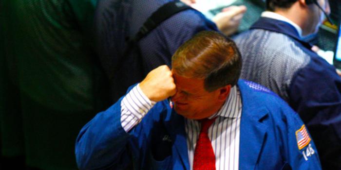 午盘:美股继续下滑 道指下跌270点
