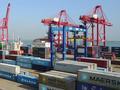收盘:中美贸易战或爆发 道指暴跌724点