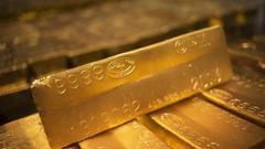 美元走强股市上涨 黄金在5个交易日上涨后首跌