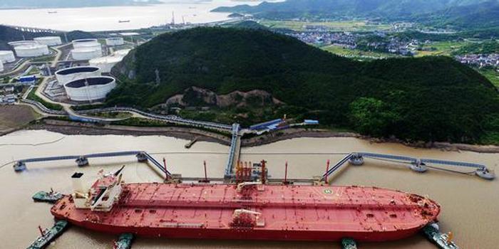 美油库存增加近800万桶 原油期货周三收跌