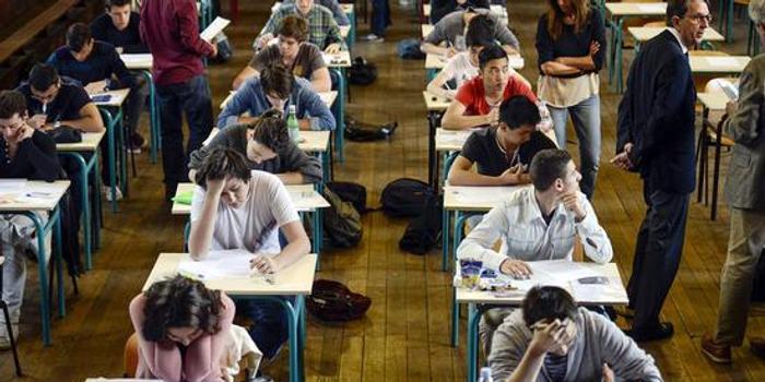 美国的教育体系正在让越来越多有钱的贵族冒充精英
