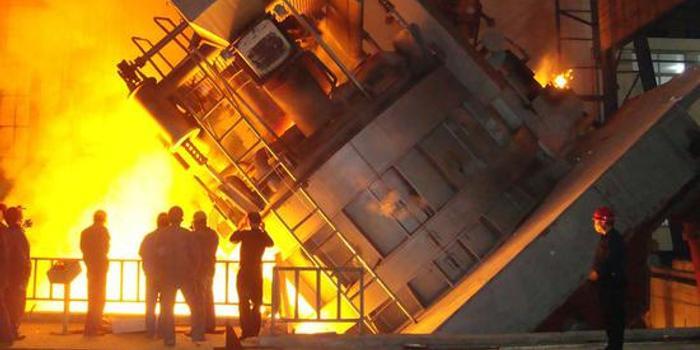 打脸特朗普:美国钢铁公司闲置一座工厂并裁员200人