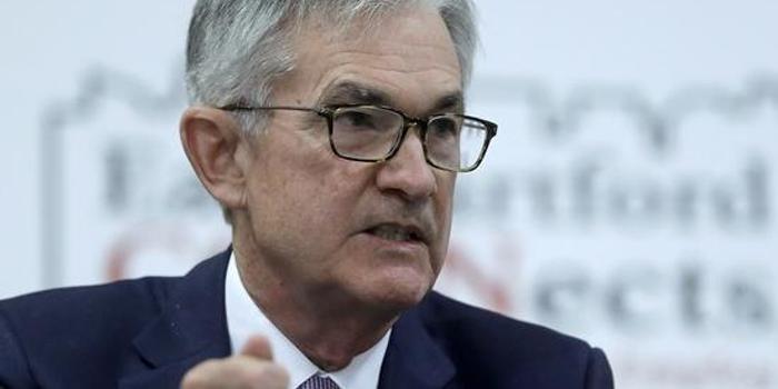 鲍威尔称美国经济有足够增长空间 暗示近期不会加息