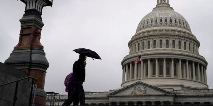 2020财年美国预算赤字激增25% 去年接近1.1万亿美元