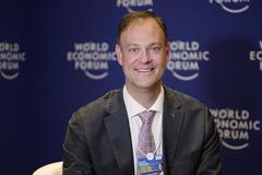 艾德維:中國的經濟復蘇給其他國家提供了有益參考