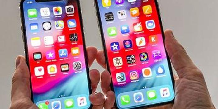 新iPhone明日发货 代工厂称工人三班倒保证供货充足