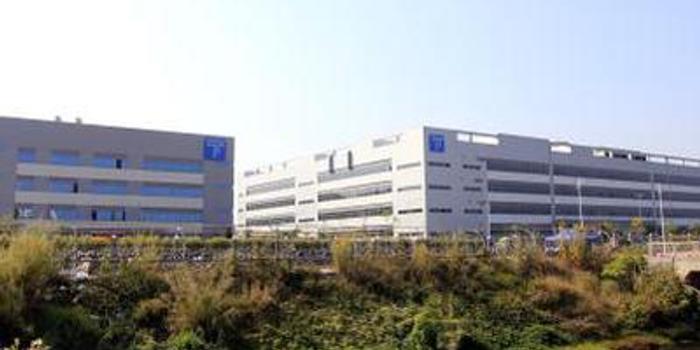 第一上海证券:TCL电子升至买入评级 目标价5.5港元