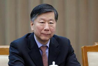 """尚福林:应遵循金融发展基本规律 有些""""创新""""会出风险"""