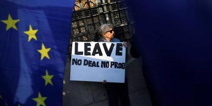 法国政府:希望在4月10日前能有明确的英脱欧延期计划