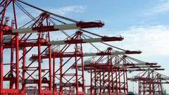 2月出口同比增36.2%进口微降0.2% 贸易顺差2248.8亿