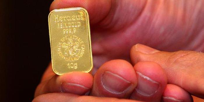 黄金期货周五收跌0.5% 本周下跌1.1%