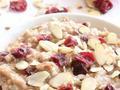 素食养生:蔓越莓橙子燕麦粥