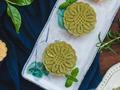 清香可口:抹茶绿豆糕