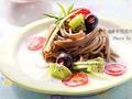 素食养生:蔬果豆浆荞麦面