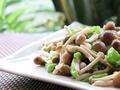 素食推荐:青椒蟹味菇