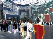 视频:2018粉丝嘉年华 乐华七子NEXT帅气登场引粉丝尖叫