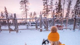 可以看极光的芬兰冰屋酒店