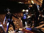 18名潜水员入洞 泰方:今日时机最佳 男孩准备好了