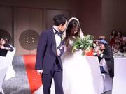 视频:林宥嘉丁文琪婚礼内场视频曝光 幸福新人甜喝交杯酒