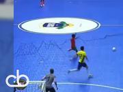 视频-最新5人制足球赛场秀技集锦 学两招或称霸野球场