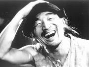 严顺开:中国唯一金拐杖奖得主 曾合影卓别林家人