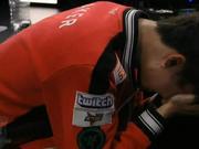 视频-SKT爆冷0-3负SSG无缘冠军 Faker赛后埋头痛哭