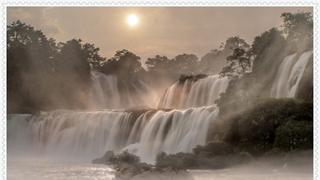 中国最美的十大瀑布之一,德天瀑布