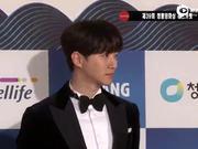 视频:刘亚仁南柱赫朱智勋等出席青龙奖红毯