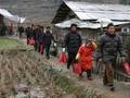 在农村,这几种人过年不要出去串门,主人不开心,自己也不自在
