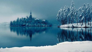 一个如童话般美丽的布莱德湖