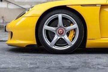 黄色保时捷Carrera GT,喜欢不?