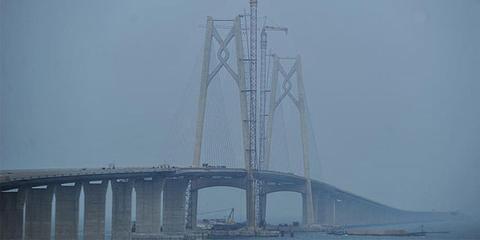 港珠澳大桥主桥今日全线贯通