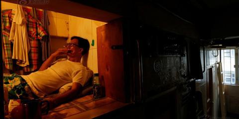 香港蜗居族:9平米隔断月租4千多