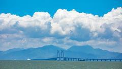 港珠澳大桥建设者:孩子5岁了 见他次数两手数得过来