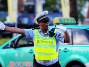 国庆第2日珠海道路车流量大幅上升 交通秩序良好