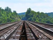 国庆期间全国铁路发送旅客破亿 同比增加97.4万人次