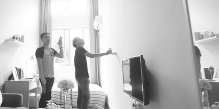 10月30日,广州针对住房租赁市场再次发布几项新政策。《广州市房屋租赁合同网上备案规则》针对现实中承租人单方备案难的问题,对自行签约、租住租赁企业房屋、经中介租房等租房场景作出了明确规定;《关于广州市住房租赁标准有关问题的通知》首次明确了租赁住房的人均居住使用面积,严禁群租房、胶囊公寓等乱象;《广州市住房租赁合同》示范文本下月推行,租房签约将有范本可依。 首次明确住房租赁标准、首个住房租赁合同网签范本、租赁合同网上备案全面实施一直以来,广州都在加快发展住房租赁市场,以租房满足人们的居住需求,此次同