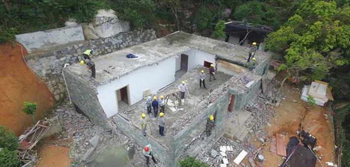 深圳现深山别墅:砍下2578株树盖房