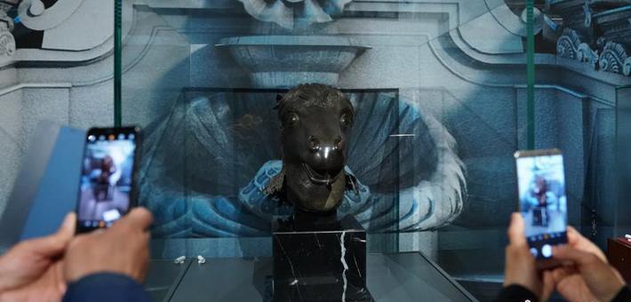 圆明园马首铜像亮相中国国家博物馆