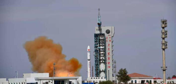 中国成功发射一箭双星