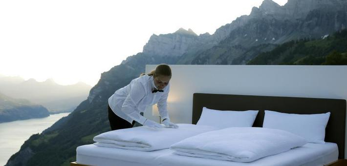 瑞士艺术家造无死角露天观景房