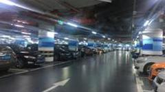 广州商场停车场服务:天河商圈领跑 k11等智能寻车机成摆设