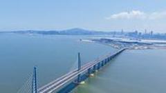 港珠澳大桥今日正式运营:打破海上桥梁工程极限