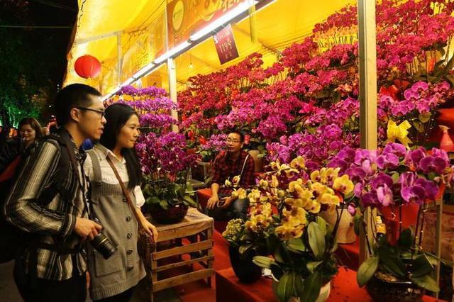 广州全市历时最长迎春花市开锣