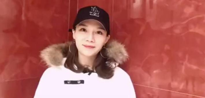 网络战队广东赛区冠军罗姿为第三季中国新歌声惠州赛区打CALL