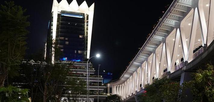 在南宁这个天桥可以看到最美夜景